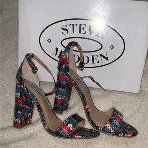 New Steve Madden Carrson heels size 37.5